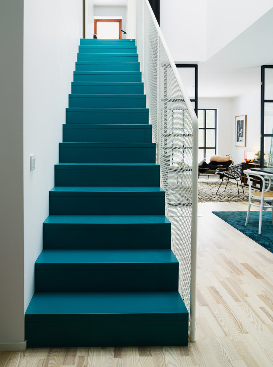 interior obsession // dark teal stairs