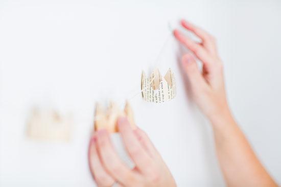 DIY // paper crown garland (close up)