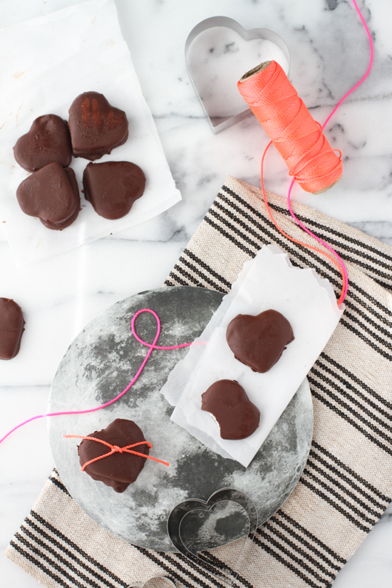 Recipe // organic heart-shaped peppermint patties for Valentine's Day