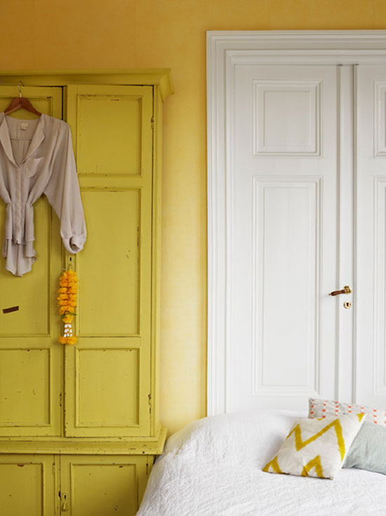 interior // with yellow wall