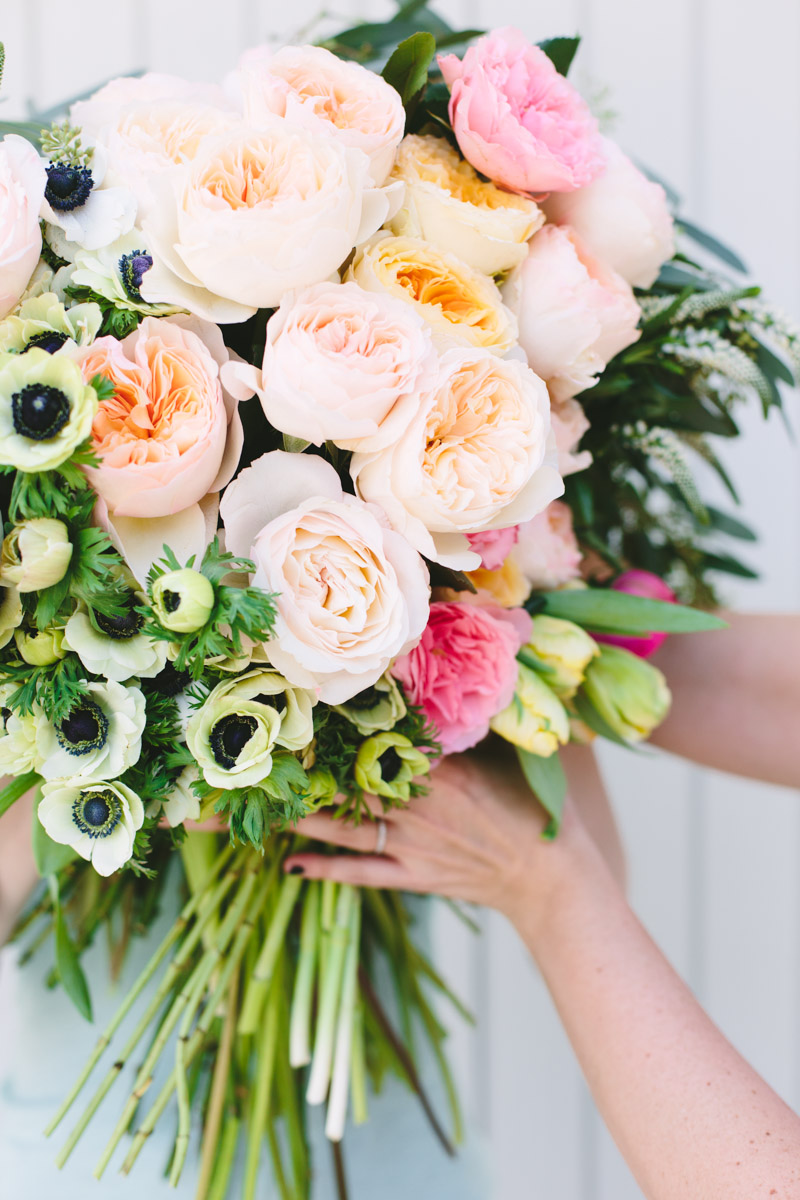 Make This: Giant DIY \'Flower Blocked\' Bouquet - Paper and Stitch