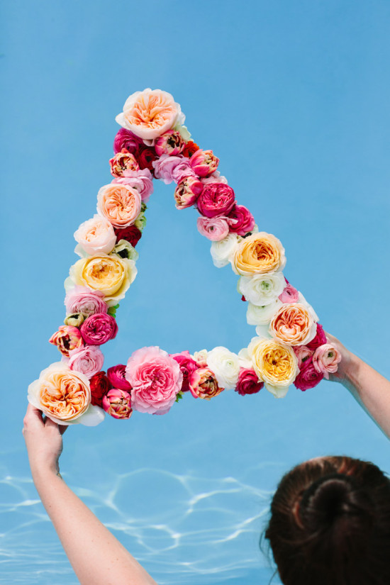 DIY // Floating Flower Wreath