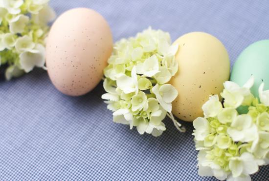 Easter DIY // egg + hydrangea garland