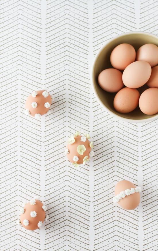 Baby's Breath Easter Egg DIY