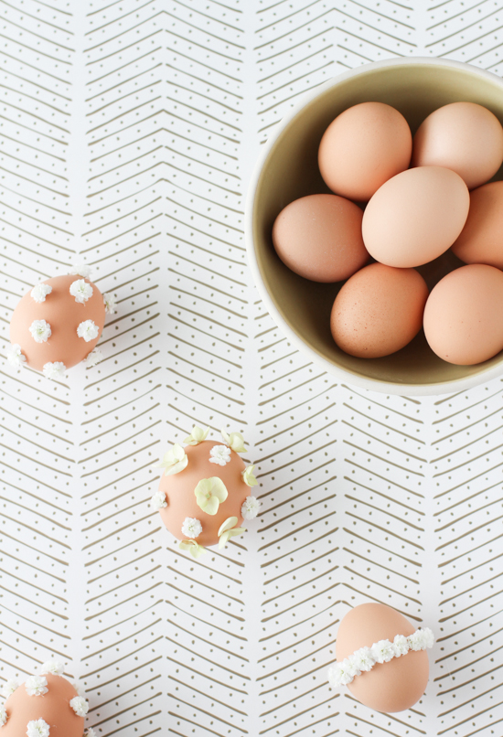 Make This: DIY Flower Easter Eggs