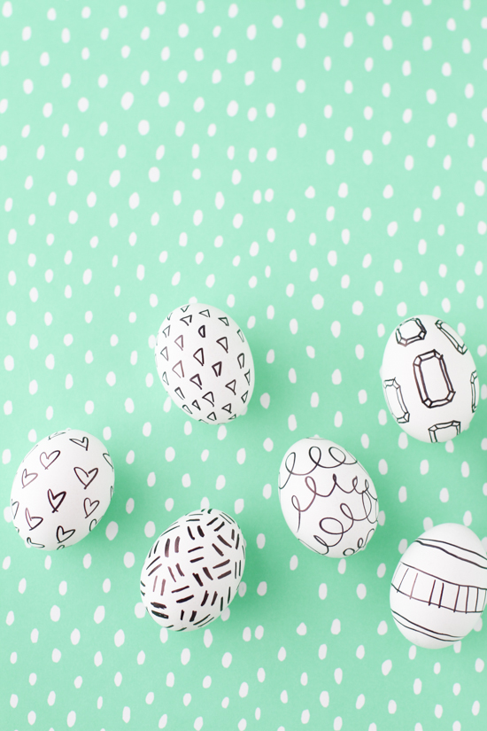 DIY Marker Drawings + Doodles on Easter Eggs Project