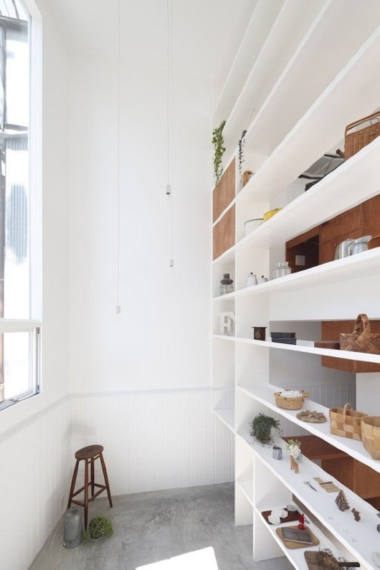 Gorgeous floor to ceiling shelving