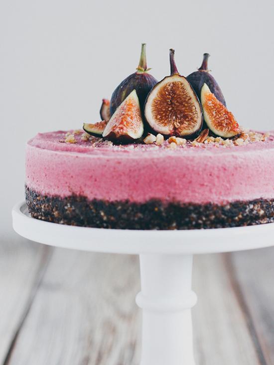 Beautiful Fig Cake