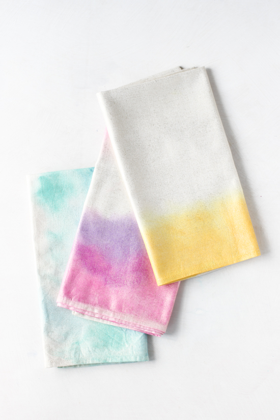 http://www.papernstitchblog.com/wp-content/uploads/2014/07/watercolor-napkins-7.jpg