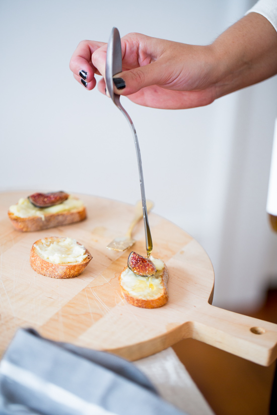 Goat Cheese and Fig Crostinis with Honey