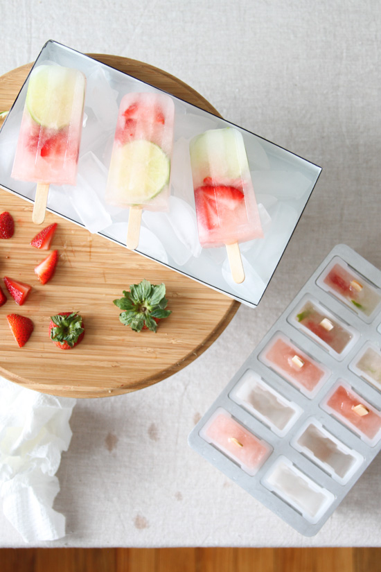 Behind the Scenes // Keep Popsicles Cool Between Photos with an Ice Tray