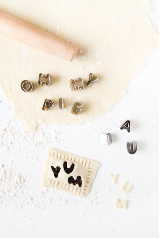 Recipe // Mini Message Blueberry Hand Pies
