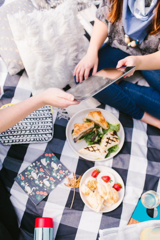 DIY Ideas for a Fall Picnic in the Park