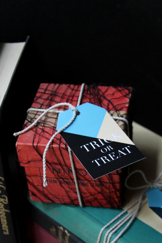 Halloween Printable // Trick or Treat Geometric Gift Tags