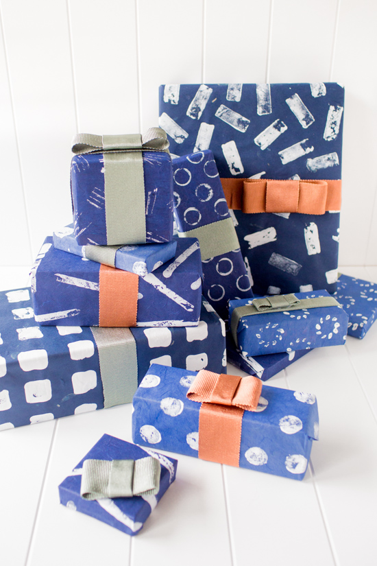 7 Ways to Stamp Gift Wrap for the Holidays