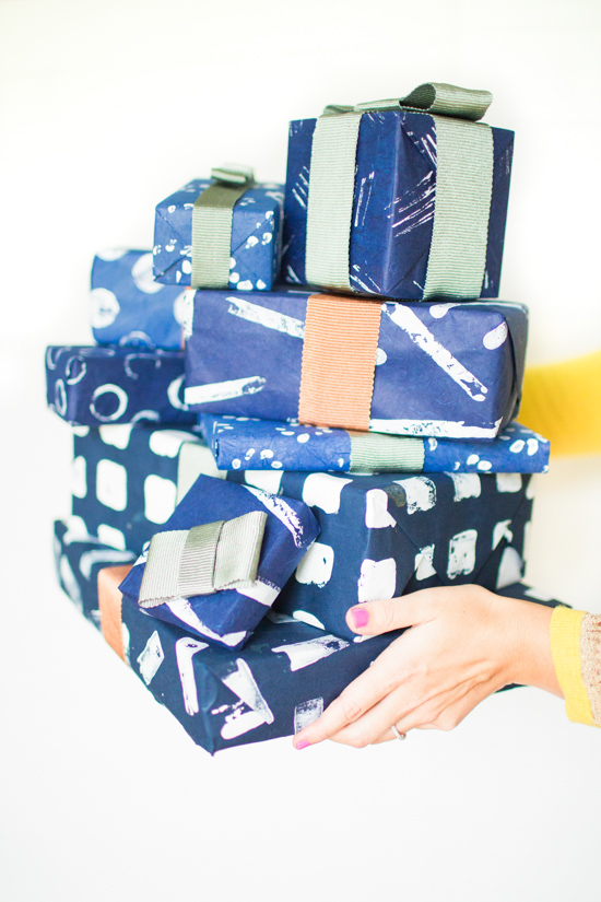 7 Ways to Create Patterned Holiday Gift Wrap Using Items you Already Have in Your House