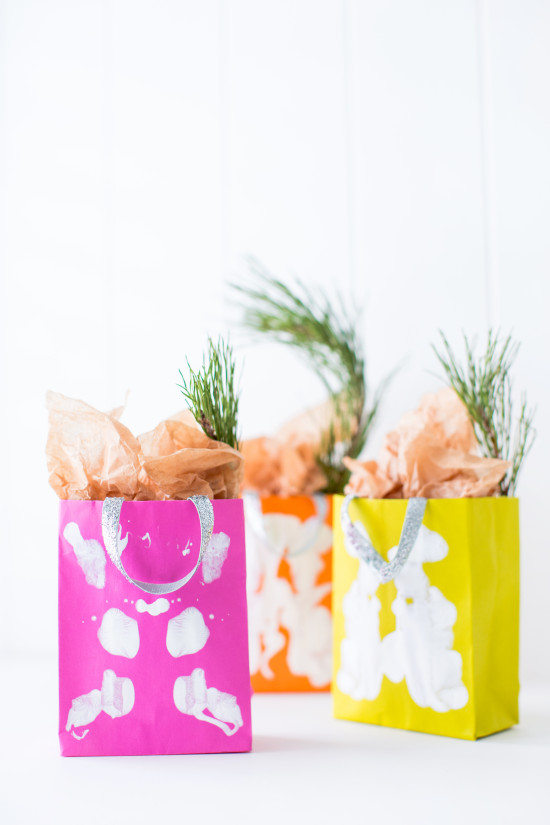 DIY Inkblot Holiday Gift Bags