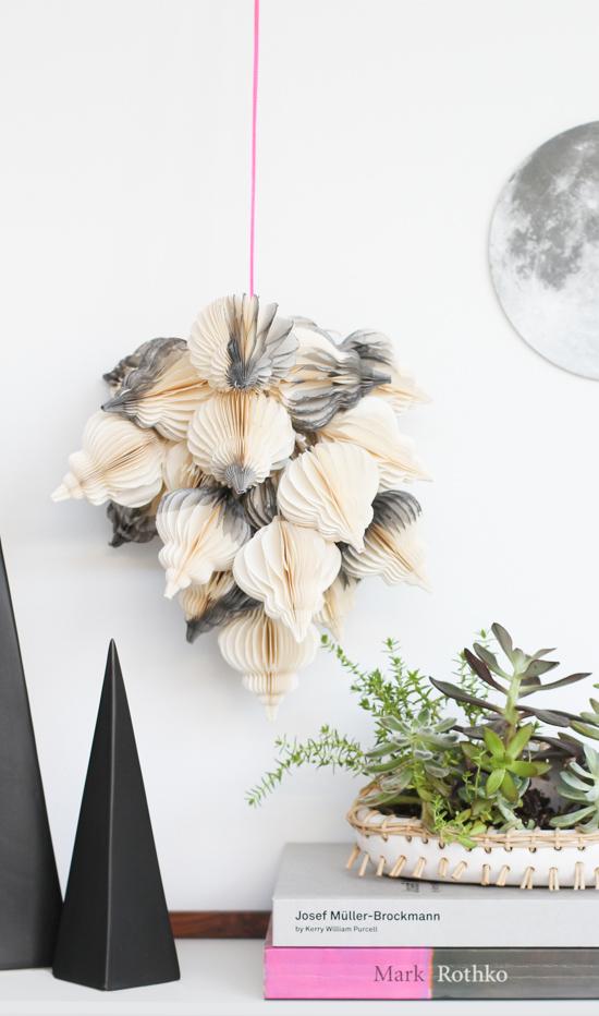 DIY Hanging Holiday Dip Dyed Decor