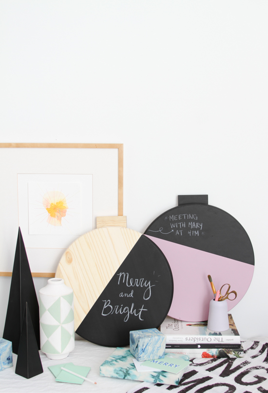 DIY Giant Color Blocked Wall Ornament Message Board