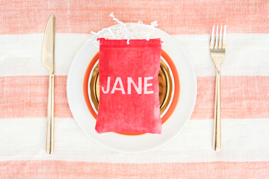 DIY // Dyed Message Favor Bags for Valentine's Day
