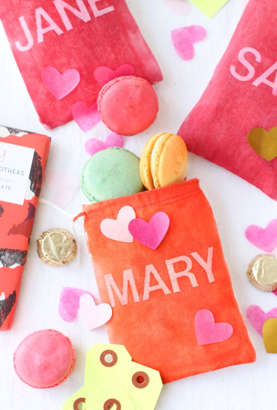 DIY // Dyed Fabric Gift Bags for Valentine's Day
