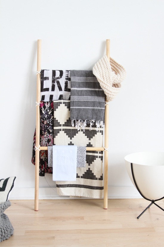 How to Make the Easiest DIY Blanket Ladder