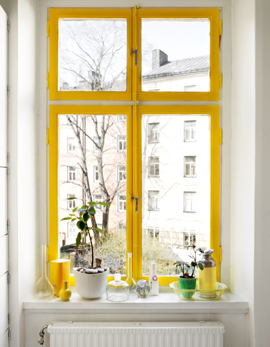 Yellow Window Moulding
