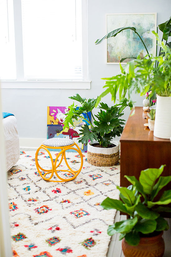 7 Ways to Steal my Sunshine // Yellow Accents in Interiors