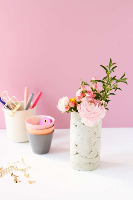 Concrete DIY: How to Make a DIY Concrete Vase with a Mailing Tube