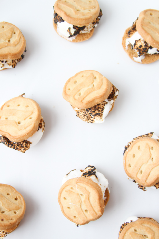 Shortbread and Toasted Marshmallow Sandwiches