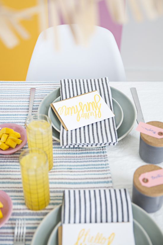 A colorful (DIY) popsicle party for spring
