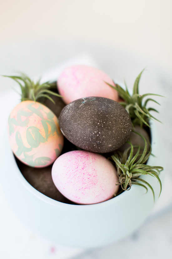 DIY // Galaxy Easter Eggs with Grape Kool Aid