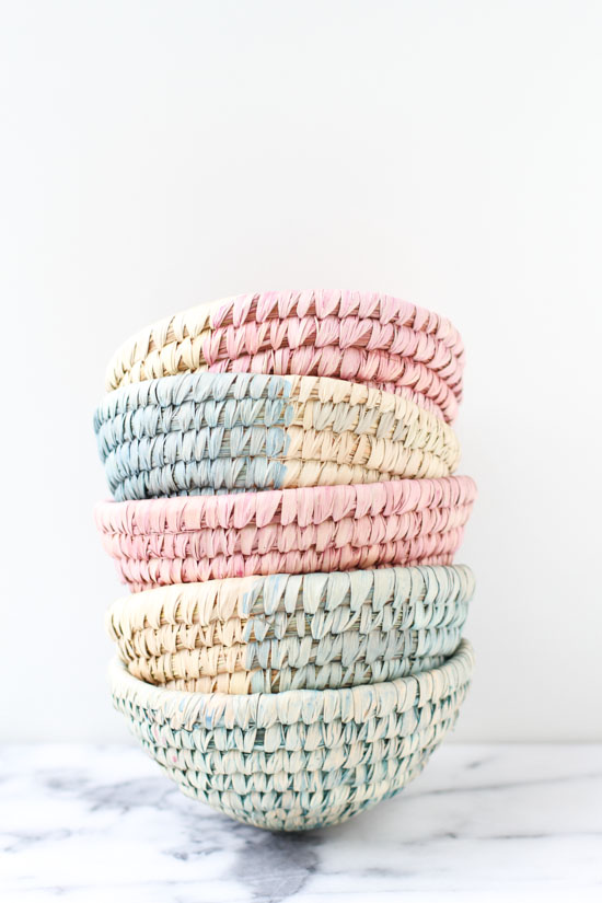 Make these DIY dip dyed woven baskets in about ten minutes.