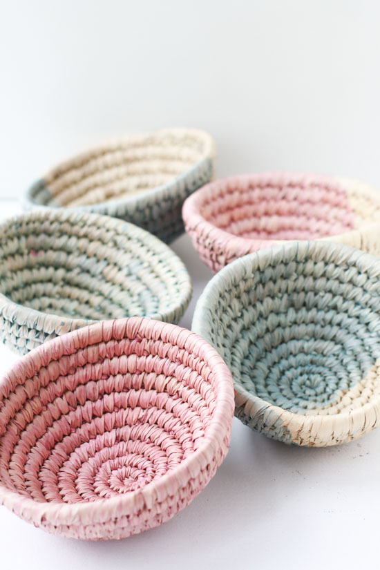 Woven Basket How To Make : Minute diy to try dip dyed woven baskets paper and