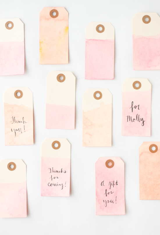 5 Minute DIY to Try // Easy Dip Dyed Gift Tags