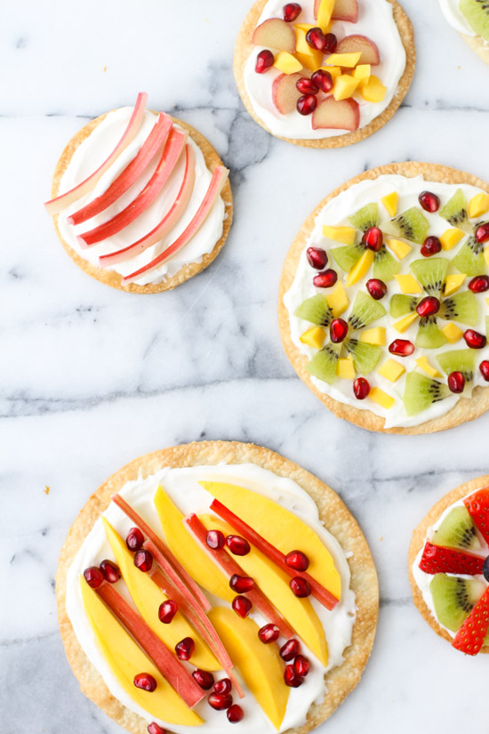 Recipe // Mini Dessert Pizzas with Homemade Whipped Cream
