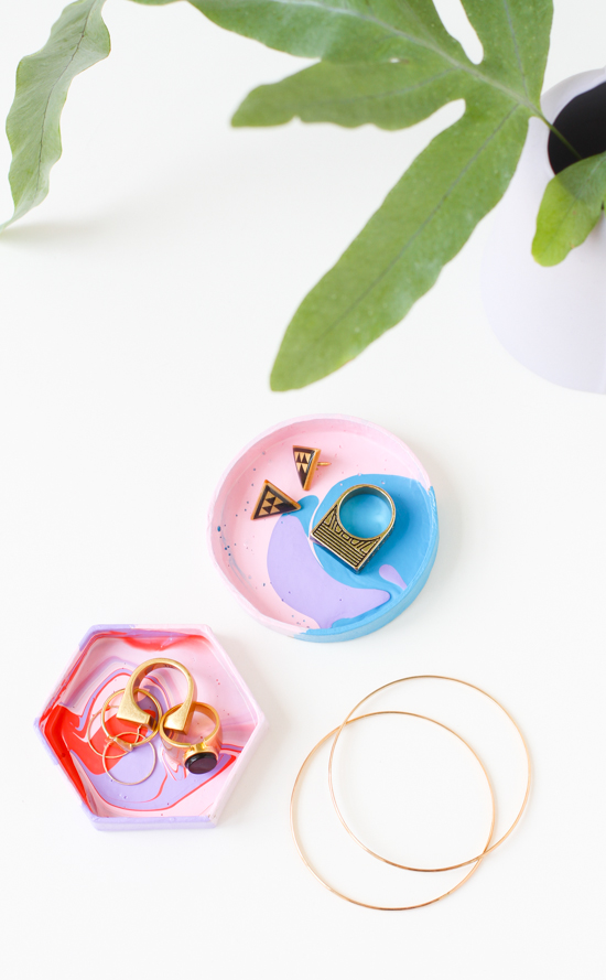 5 Minute DIY // How to Make a Mini Jewelry Dish with a Box Lid