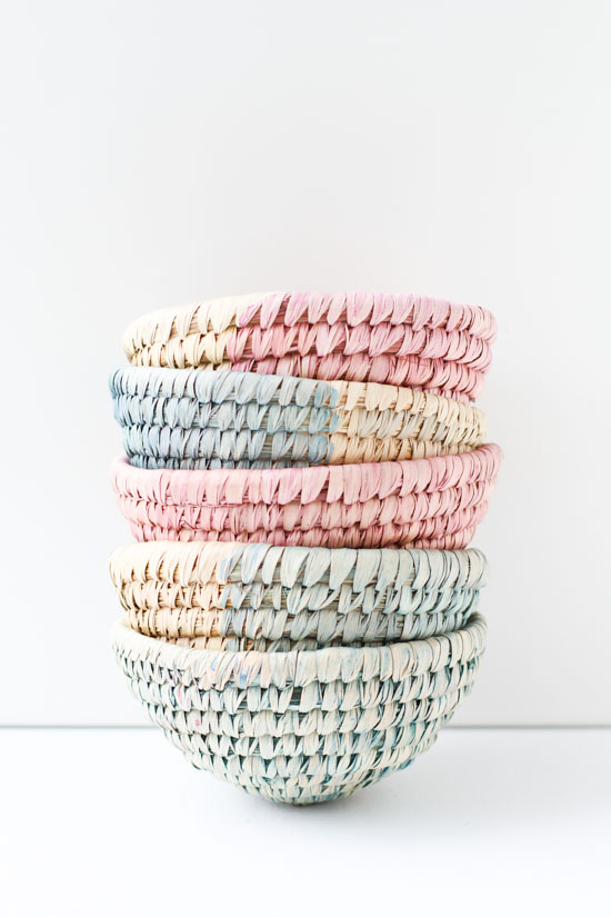 21 Budget-Friendly Mother's Day DIYs to Try Before Sunday // Idea No 4: Dip Dyed Decorative Baskets