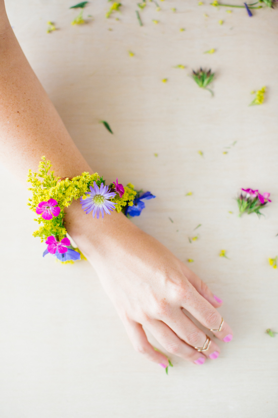 21 Budget-Friendly Mother's Day DIYs to Try Before Sunday // Idea No 21: Fresh Flower Bracelet DIY