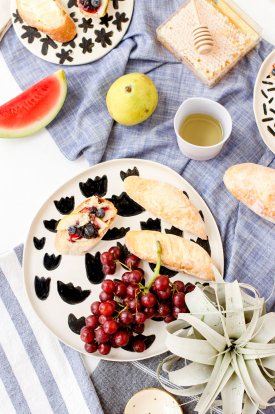 Summer Entertaining: DIY Pattern Plates and Blueberry Pear Crostinis