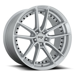 Niche Wheels DFS M221 - Silver & Machined Rim - 22x10.5