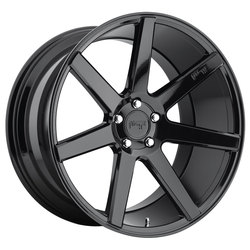 Niche Wheels Verona M168 - Gloss Black Rim - 22x10