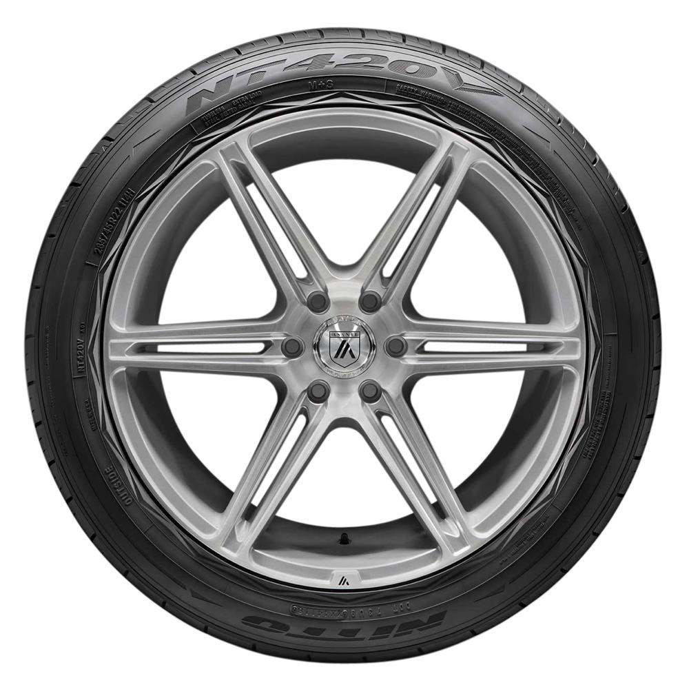Nitto Tires Nitto Tires NT420V - 295/45R20XL 114V