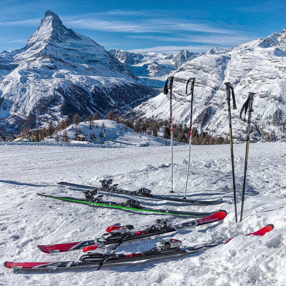 Ski bindings and breaks