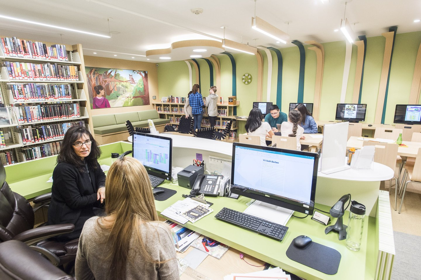 Librarians Lisa Michne And Kimberly Robinson Work With Students In A Room For High Schoolers At The East Hampton Library On Tuesday Dec 20 2016