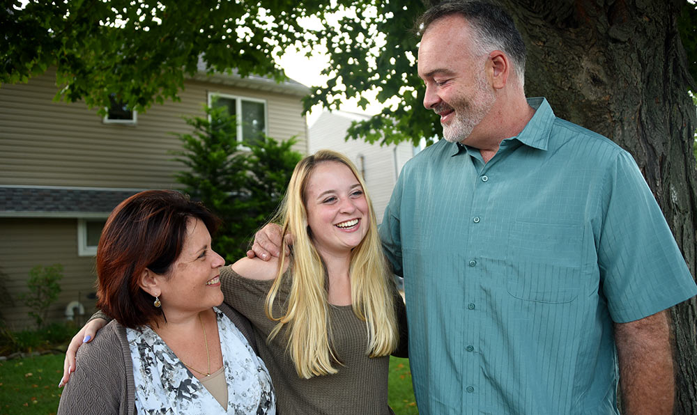 Jacqueline and Randy Martin, with daughter Sarah. Danielle Silverman