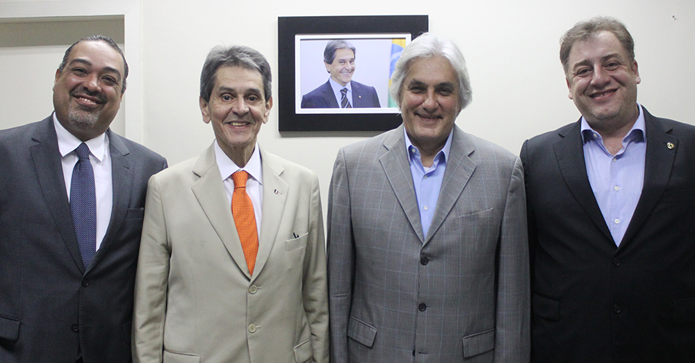 Presidente Roberto Jefferson recebe visita do ex-senador Delcídio do Amaral