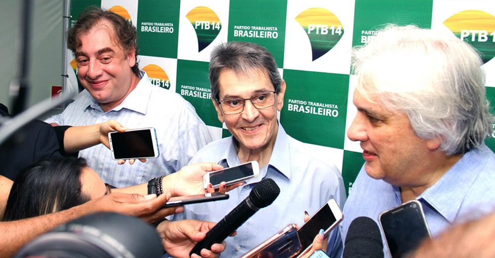 Roberto Jefferson empossa Delcídio do Amaral como novo presidente do PTB de Mato Grosso do Sul