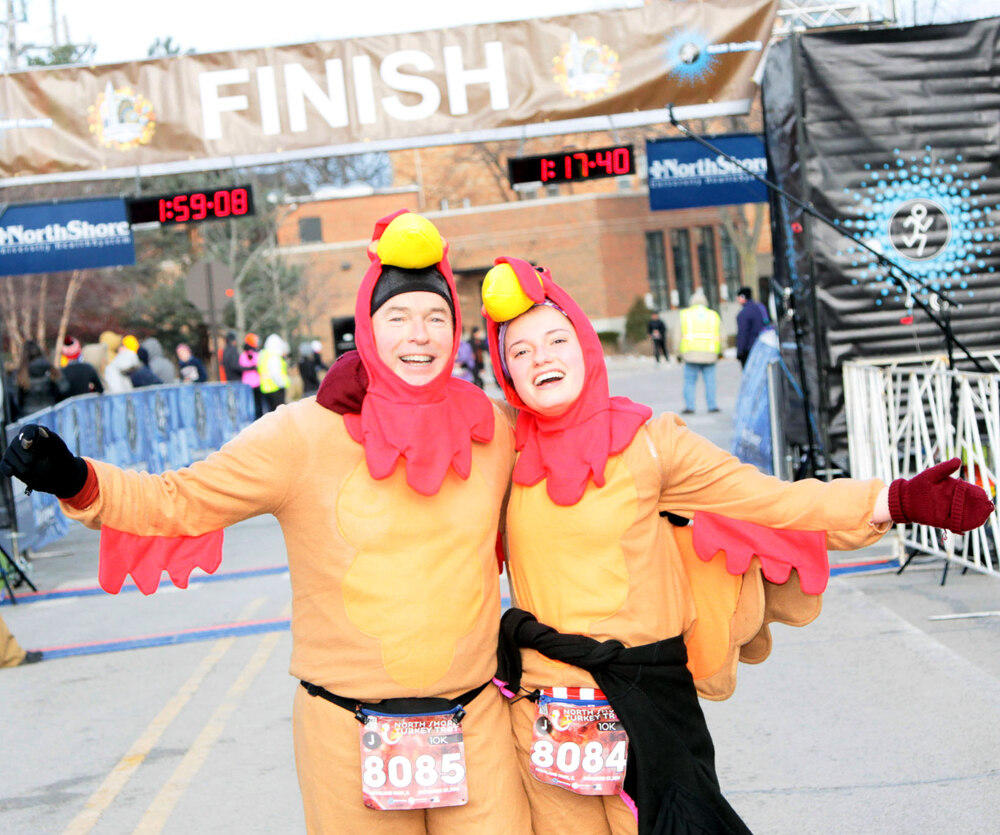 Registrants at North Shore Turkey Trot Giving