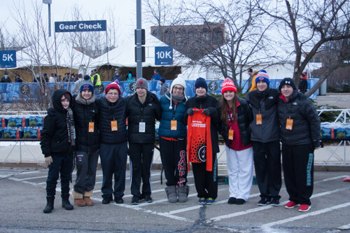 Volunteers at North Shore Turkey Trot
